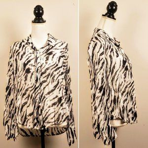 ANTHRO / CLOTH & STONE Top, Black Zebra Buttons, S